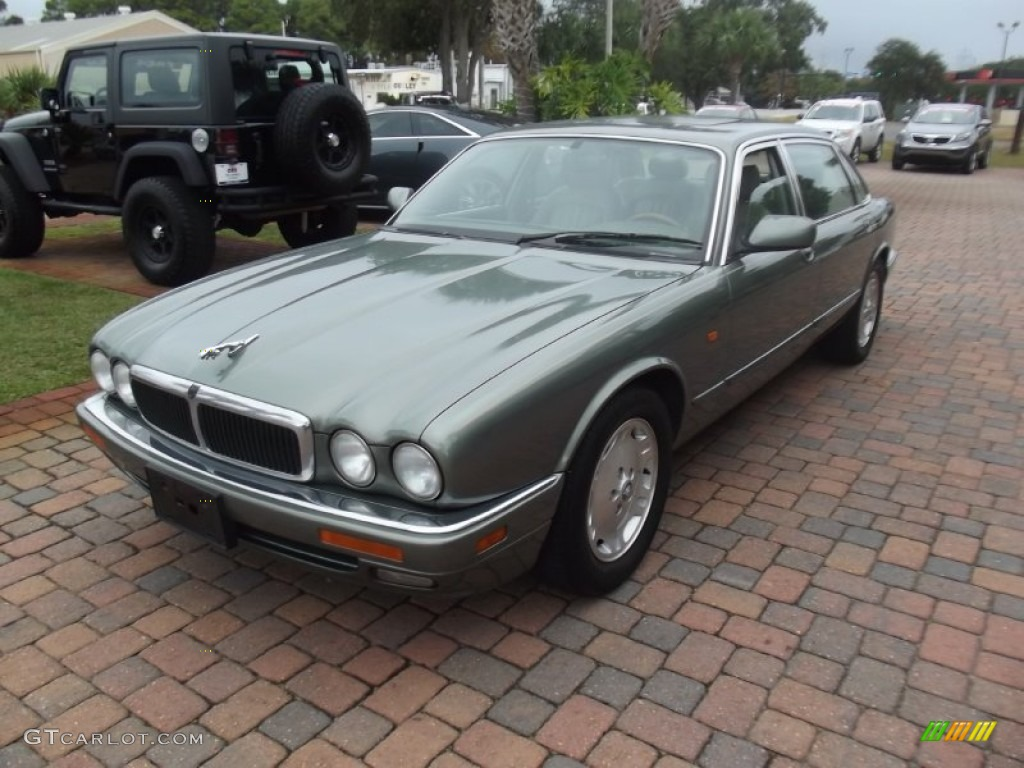 jade green pearl 1997 jaguar xj xj6 exterior photo 73464260. Black Bedroom Furniture Sets. Home Design Ideas