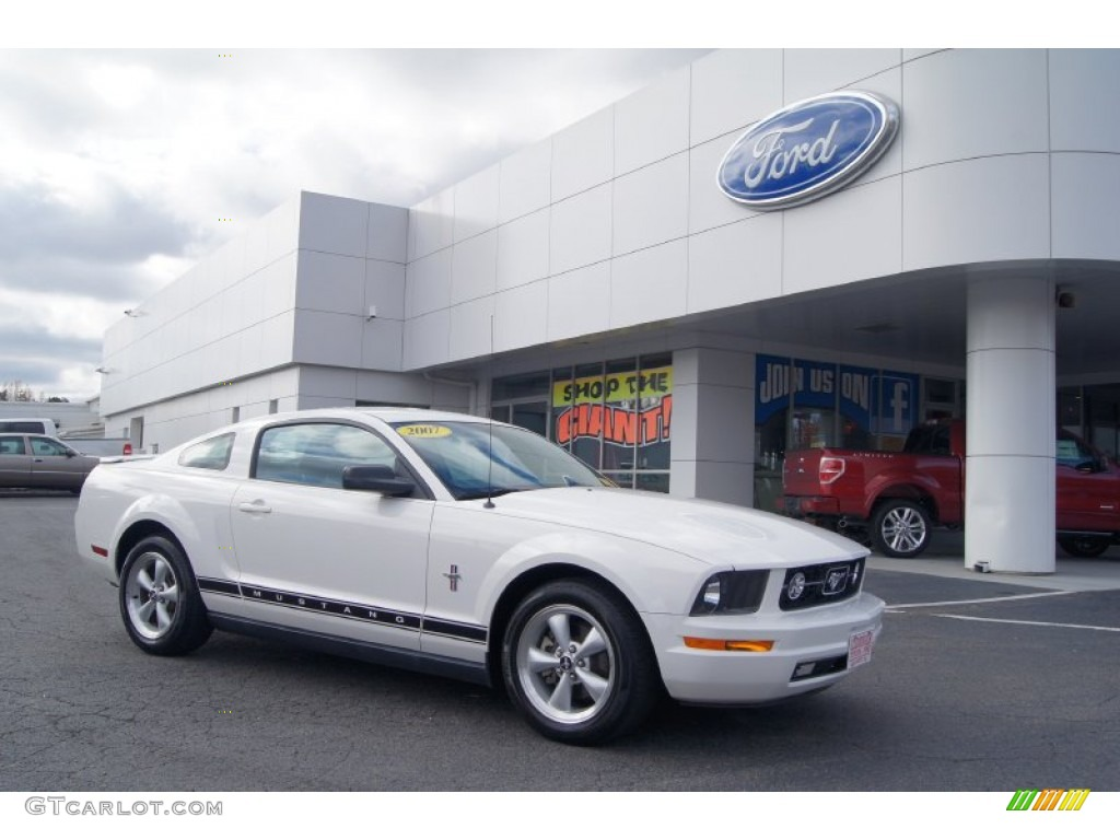 2007 Mustang V6 Premium Coupe - Performance White / Dark Charcoal photo #1