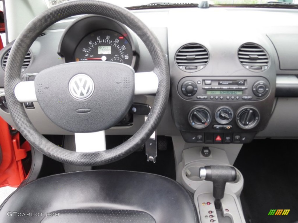 volkswagen  beetle gls convertible black dashboard photo  gtcarlotcom