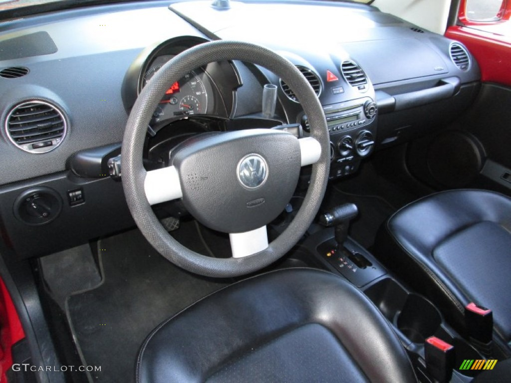 Black Interior 2006 Volkswagen New Beetle 2 5 Convertible Photo 73555499