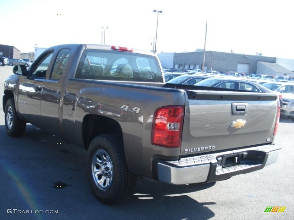 2013 Silverado 1500 LS Extended Cab 4x4 - Mocha Steel Metallic / Dark Titanium photo #6