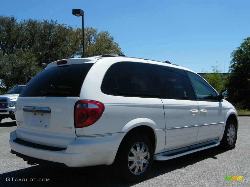 2005 stone white chrysler town country limited 7353991 for Stone s town country motors