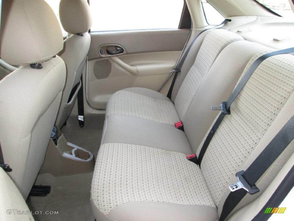 2013 Ford Focus Se Hatchback >> 2006 Ford Focus ZX4 SE Sedan Rear Seat Photo #73797959 ...