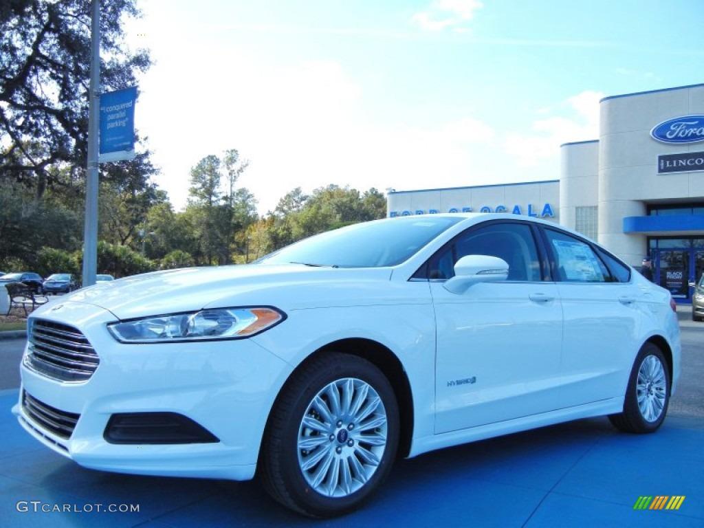 2013 Fusion Hybrid SE - Oxford White / Charcoal Black photo #1