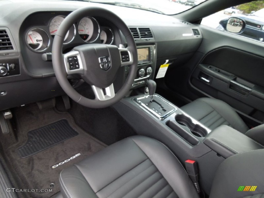 Dark slate gray interior 2013 dodge challenger sxt plus for Dark grey interior