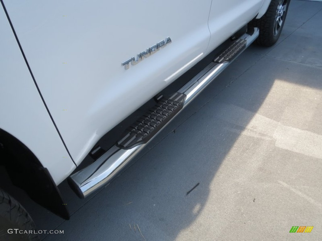 2013 Tundra Texas Edition CrewMax 4x4 - Super White / Graphite photo #11