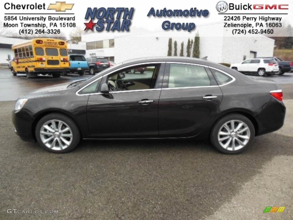 2013 Buick Lacrosse Black | 200  Interior and Exterior Images
