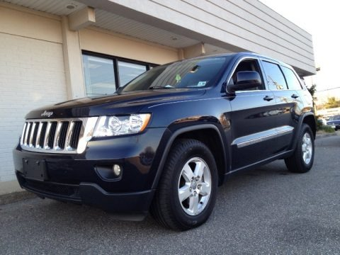 2011 jeep grand cherokee laredo 4x4 data info and specs. Black Bedroom Furniture Sets. Home Design Ideas