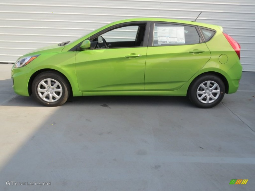 Electrolyte Green 2013 Hyundai Accent GS 5 Door Exterior ...