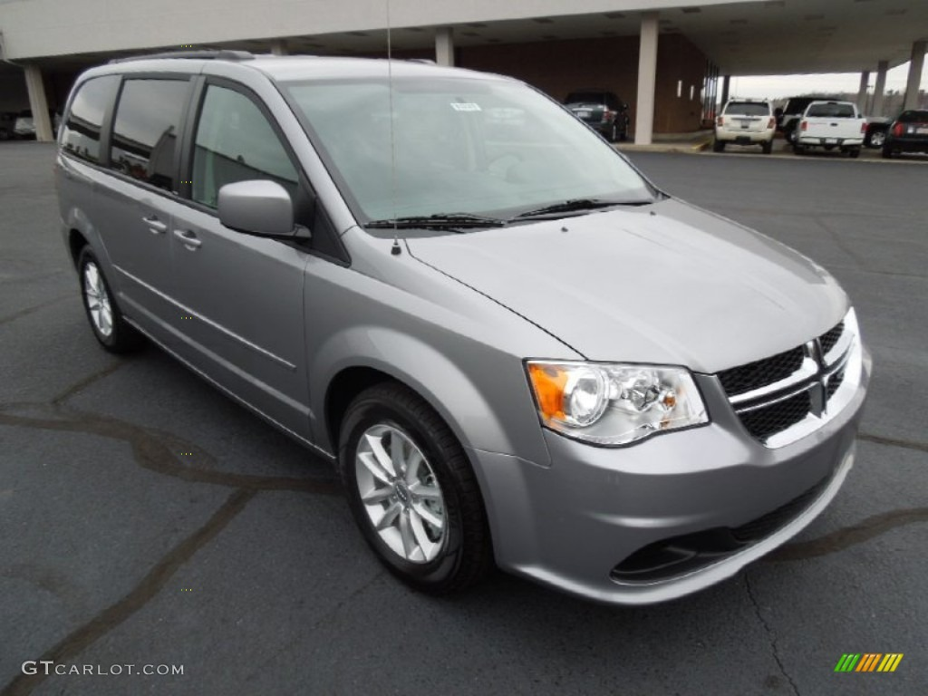 billet silver metallic 2013 dodge grand caravan sxt exterior photo. Cars Review. Best American Auto & Cars Review