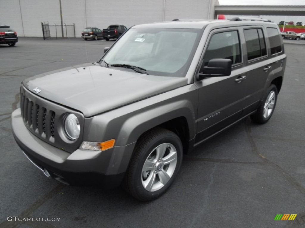 mineral gray metallic 2013 jeep patriot limited exterior. Black Bedroom Furniture Sets. Home Design Ideas