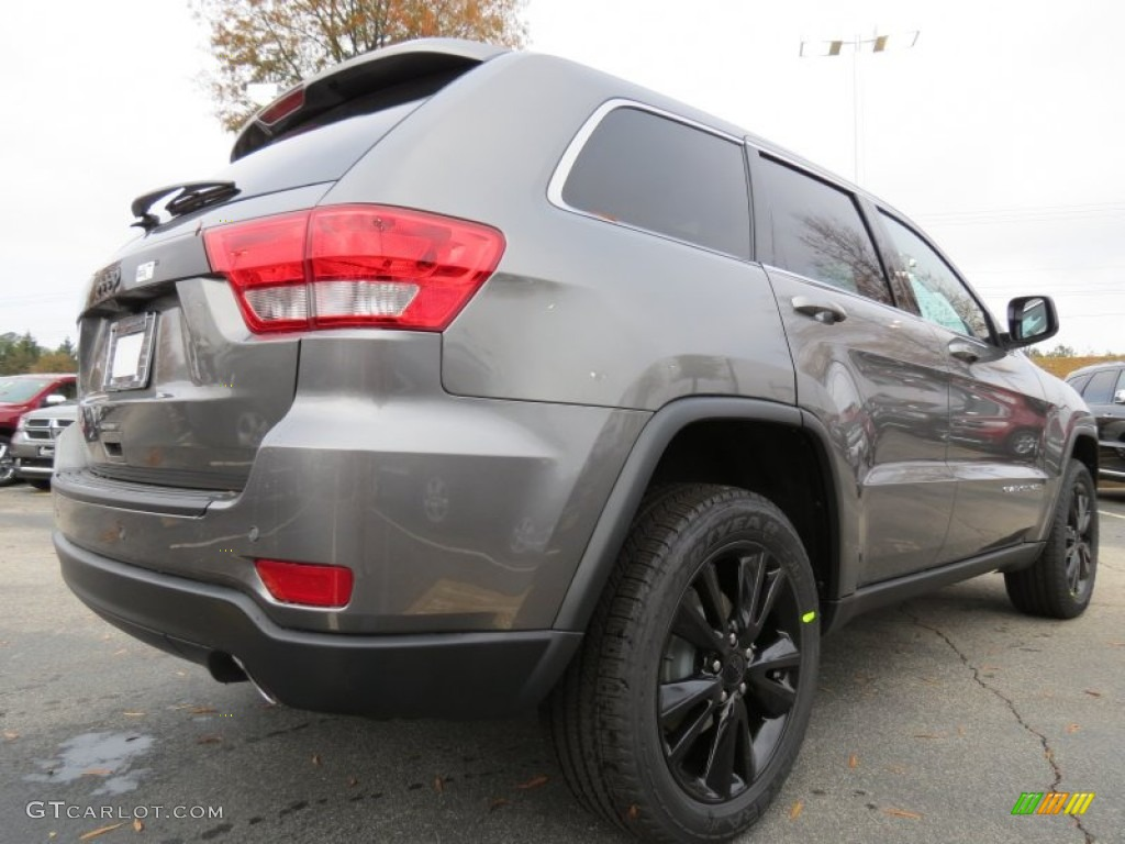 mineral gray metallic 2013 jeep grand cherokee altitude exterior photo 74084879. Black Bedroom Furniture Sets. Home Design Ideas