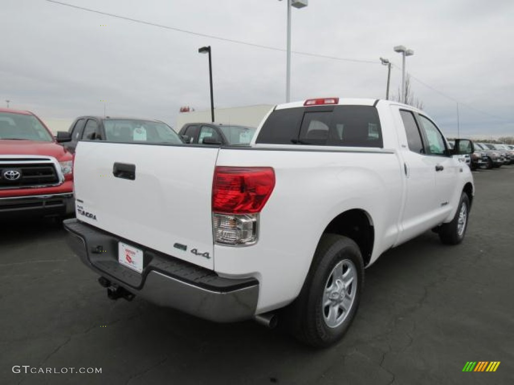 2013 Tundra Double Cab 4x4 - Super White / Graphite photo #17