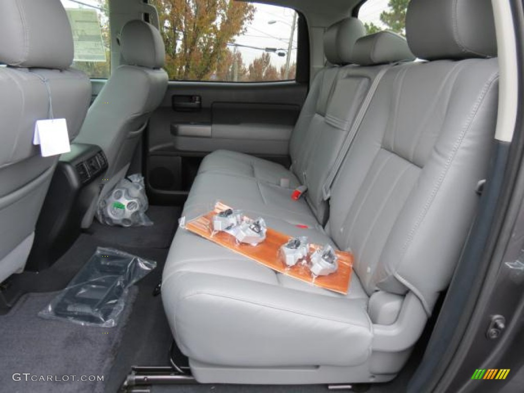 2013 Toyota Tundra CrewMax 4x4 Rear Seat Photo #74091203