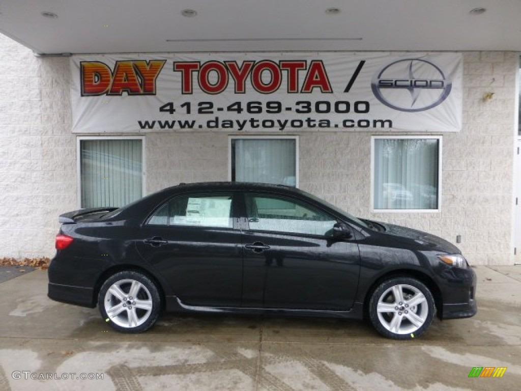 Toyota Corolla s 2013 Black 2013 Corolla s Black Sand
