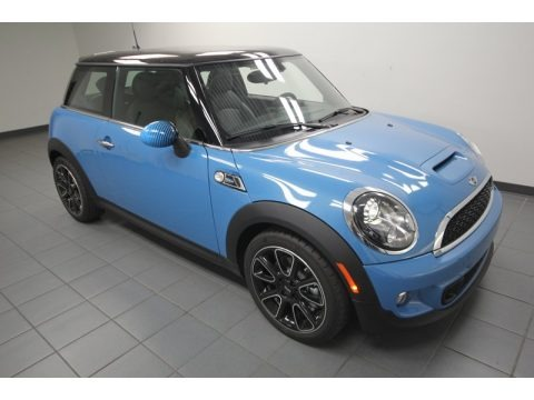 2013 mini cooper s hardtop bayswater package data info and specs. Black Bedroom Furniture Sets. Home Design Ideas