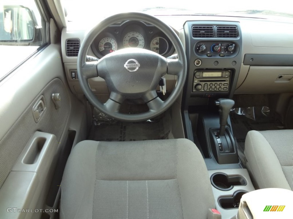 Charcoal interior 2004 nissan frontier xe v6 crew cab photo charcoal interior 2004 nissan frontier xe v6 crew cab photo 74153731 vanachro Images