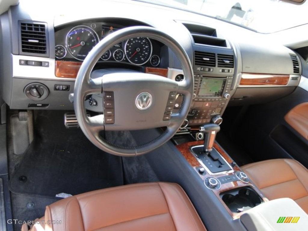 2004 Volkswagen Touareg V8 Interior Photo 74238859