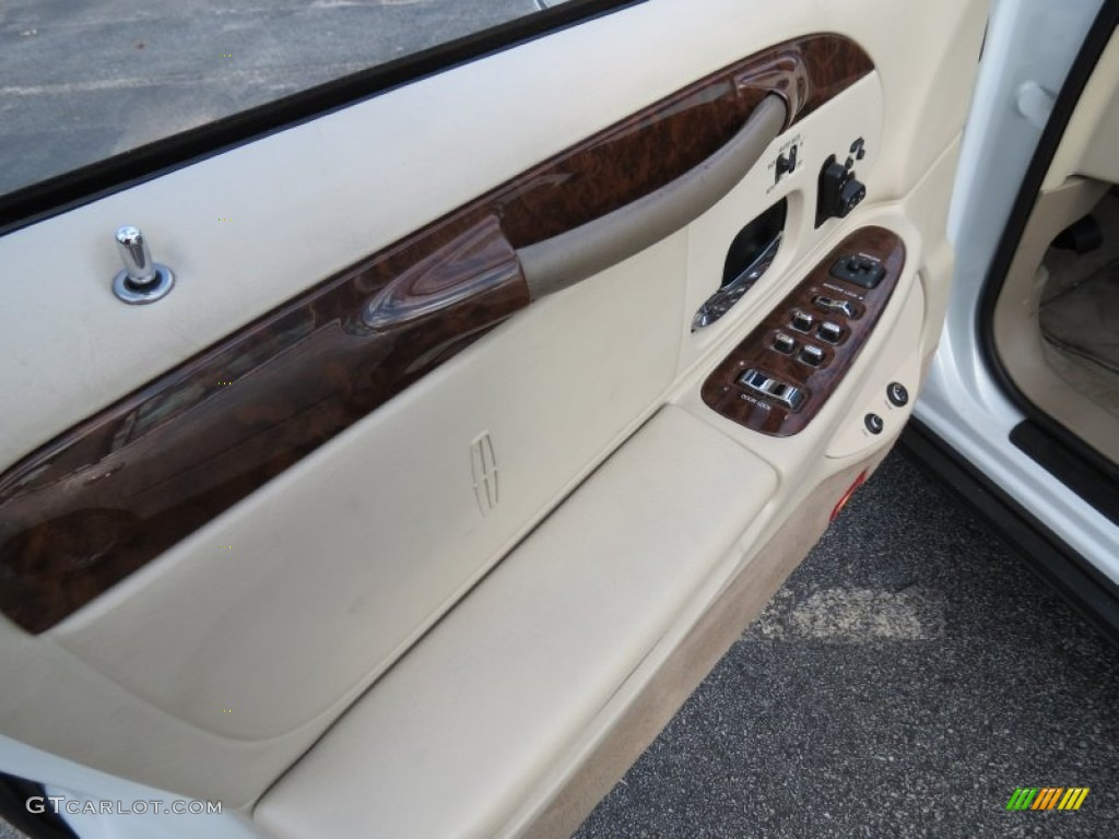 2002 lincoln town car cartier light parchment door panel photo 74257333. Black Bedroom Furniture Sets. Home Design Ideas