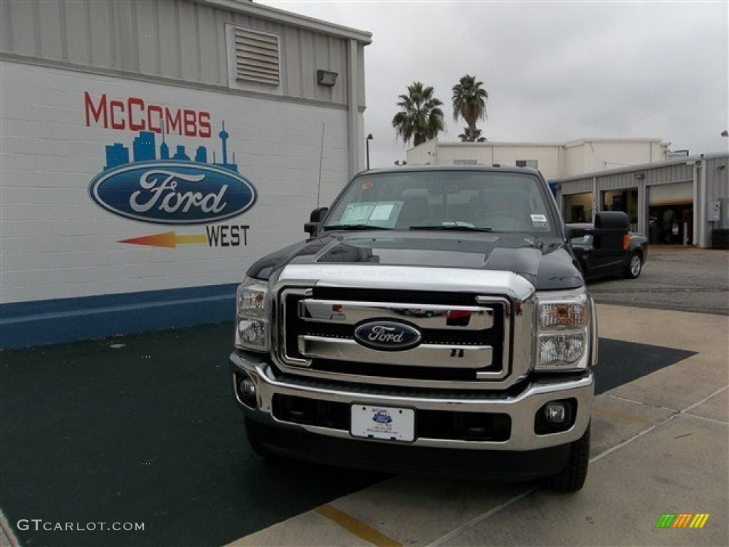 2013 F250 Super Duty Lariat Crew Cab 4x4 - Blue Jeans Metallic / Adobe