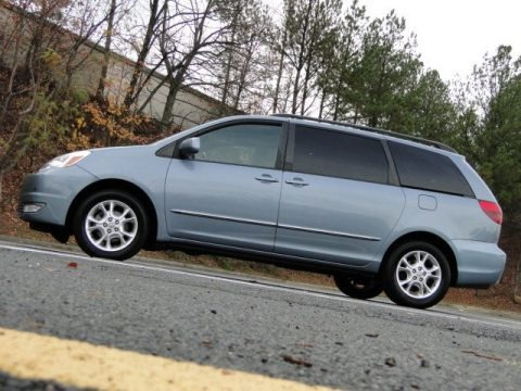 2004 toyota sienna xle limited data info and specs. Black Bedroom Furniture Sets. Home Design Ideas