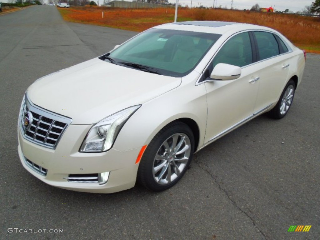 White Diamond Tricoat 2013 Cadillac Xts Luxury Fwd Exterior Photo 74459258
