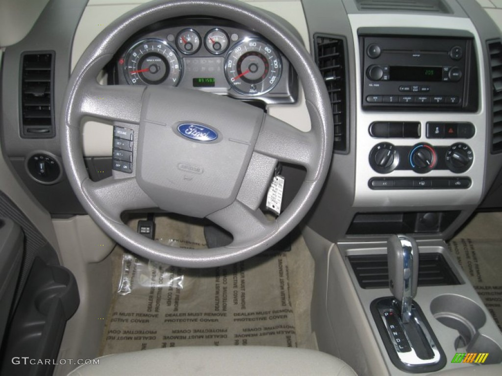 Ford Edge Se Awd Medium Light Stone Dashboard Photo