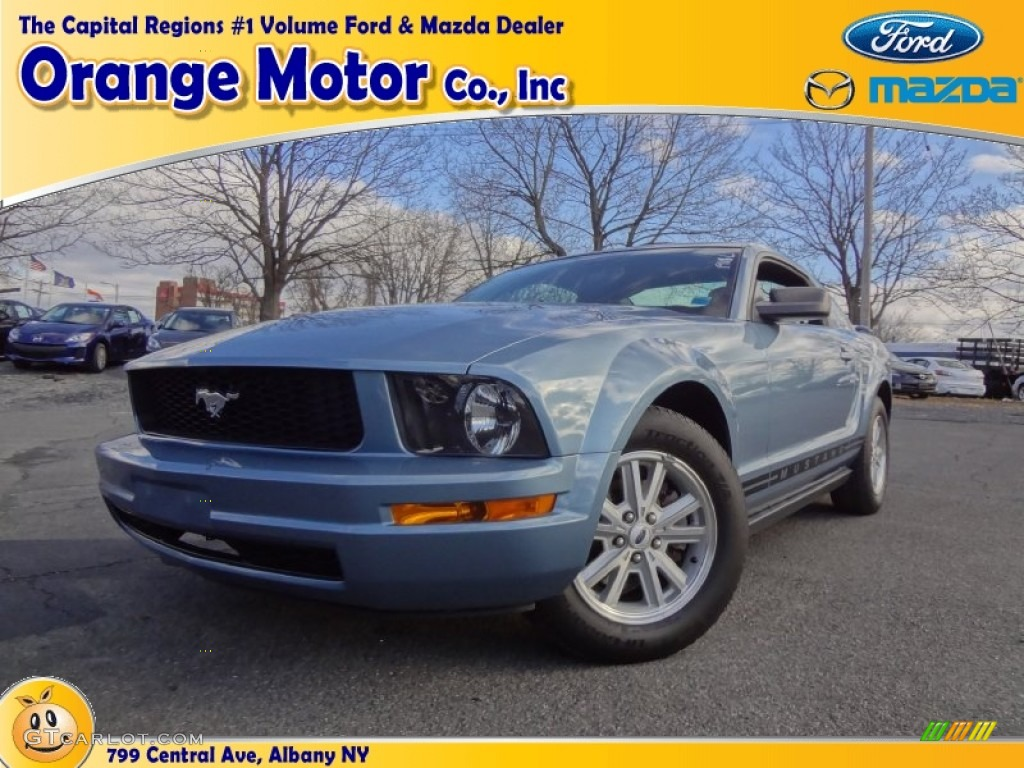 2006 Mustang V6 Deluxe Coupe - Windveil Blue Metallic / Dark Charcoal photo #1