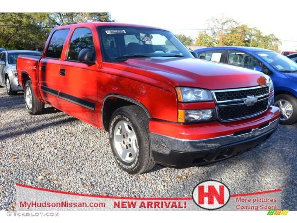 2006 Silverado 1500 LT Crew Cab - Victory Red / Medium Gray photo #1