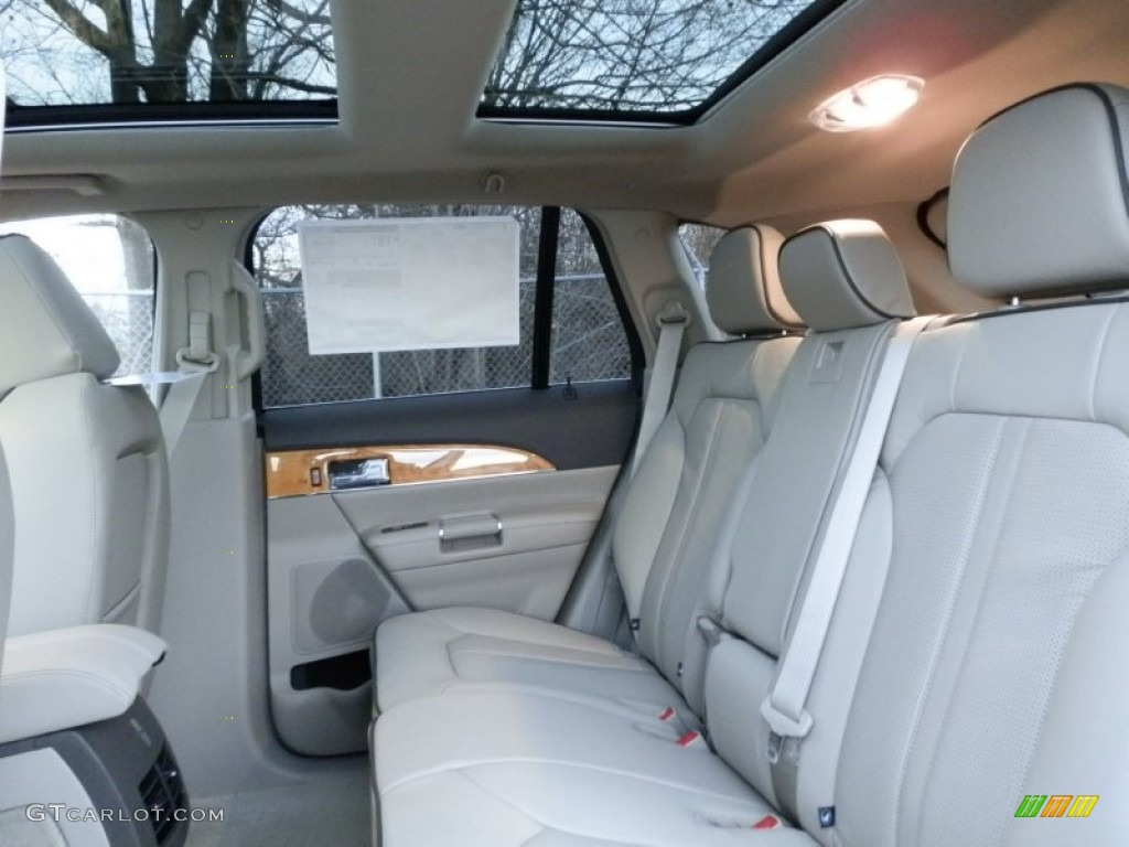 medium light stone interior 2013 lincoln mkx awd photo 74898273. Black Bedroom Furniture Sets. Home Design Ideas