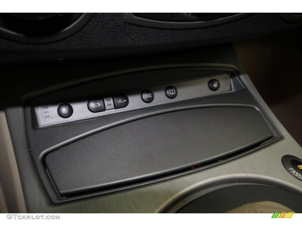 2004 Bmw Z4 2 5i Roadster Controls Photo 74969203