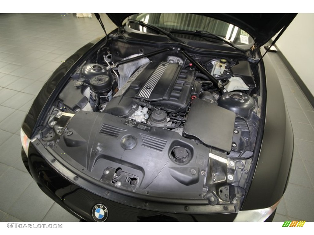 2004 Bmw Z4 2 5i Roadster 2 5 Liter Dohc 24 Valve Inline 6 Cylinder Engine Photo 74969332