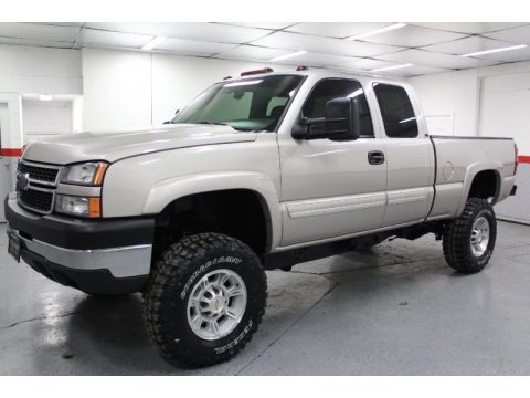 2006 chevrolet silverado 2500hd lt extended cab 4x4 data info and specs. Black Bedroom Furniture Sets. Home Design Ideas