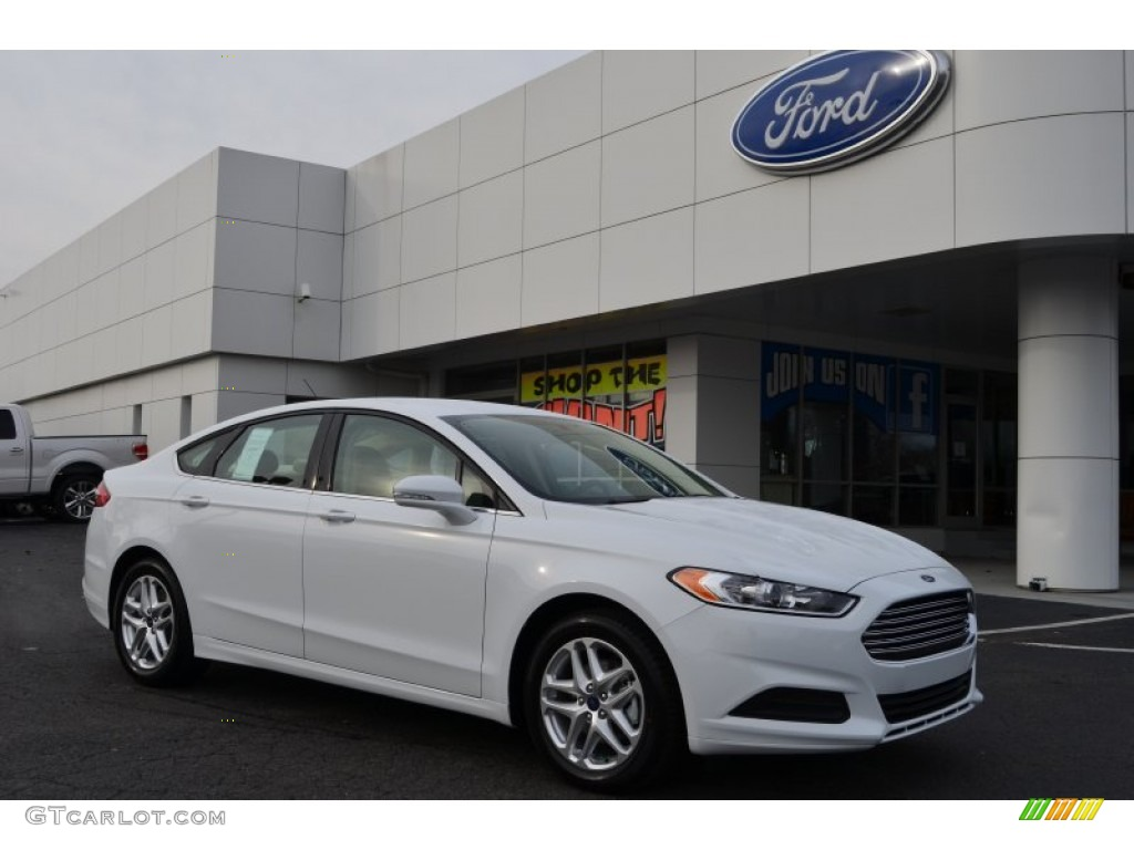 2013 Fusion SE - Oxford White / Dune photo #1