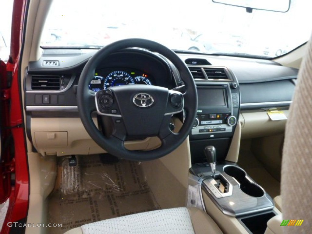 ivory interior 2013 toyota camry hybrid le photo 75308910. Black Bedroom Furniture Sets. Home Design Ideas