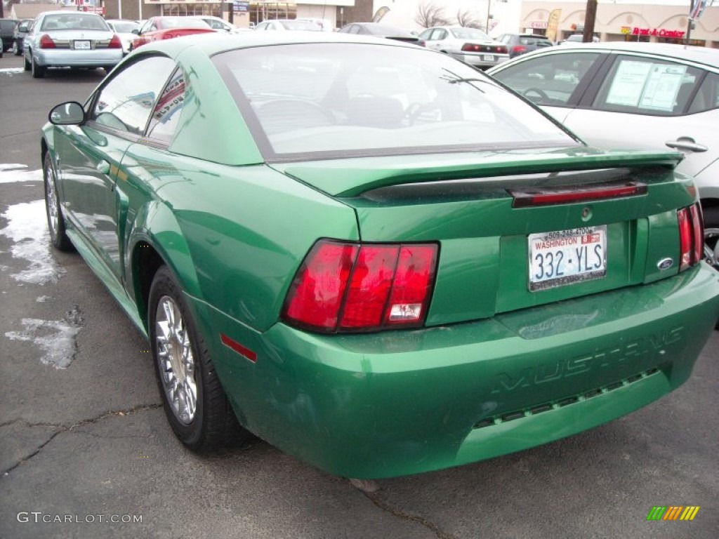 1999 Mustang V6 Coupe - Electric Green Metallic / Light Graphite photo #9