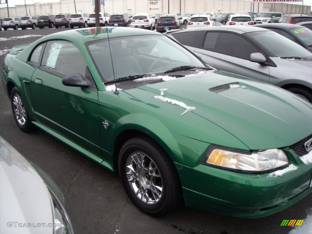 1999 Mustang V6 Coupe - Electric Green Metallic / Light Graphite photo #17