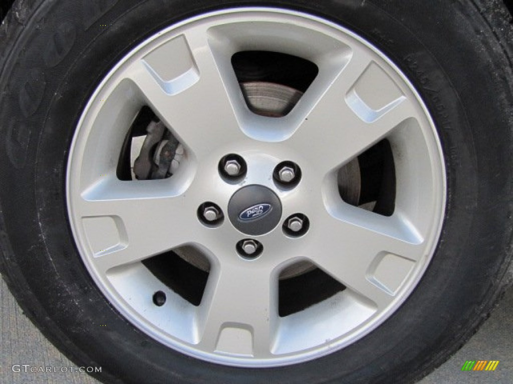 2003 Ford Explorer Eddie Bauer Wheel Photos