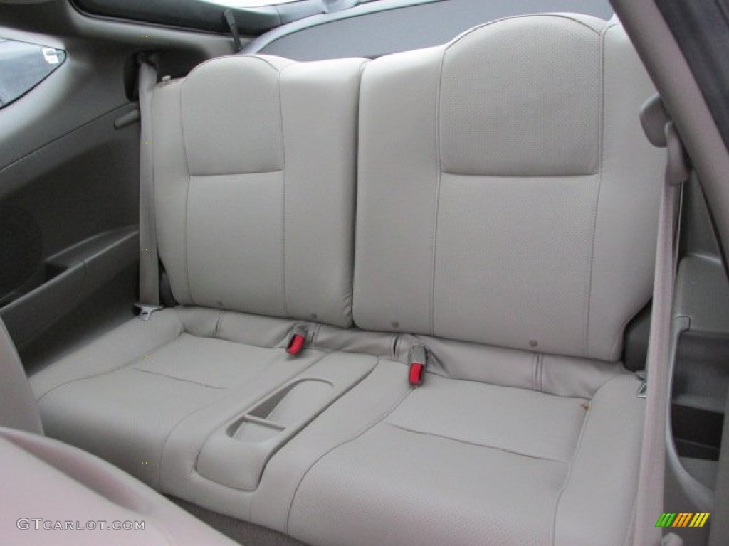2006 acura tl back seat removable