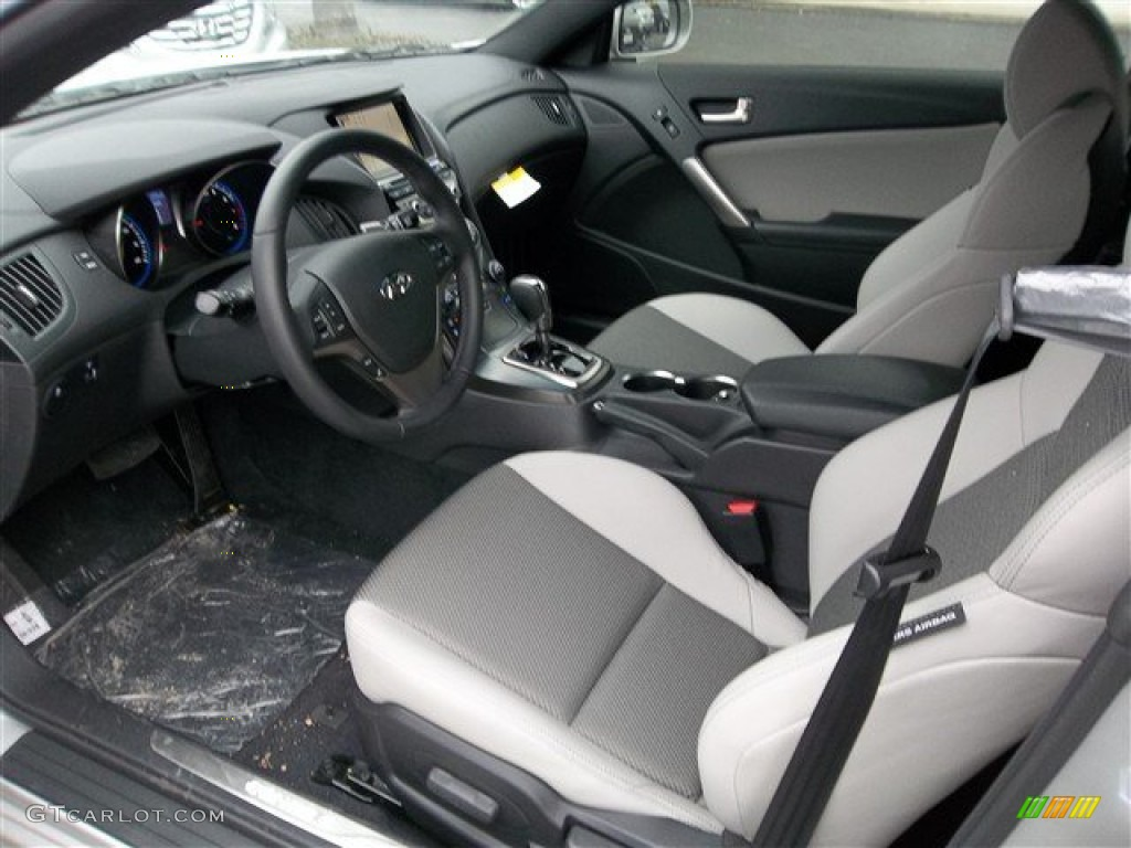 Gray Leather Gray Cloth Interior 2013 Hyundai Genesis