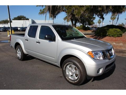 2012 nissan frontier sv crew cab data info and specs. Black Bedroom Furniture Sets. Home Design Ideas