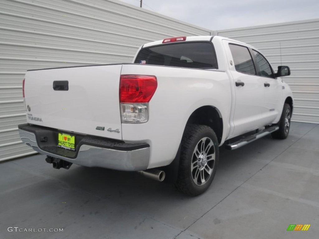 2013 Tundra Texas Edition CrewMax 4x4 - Super White / Black photo #3