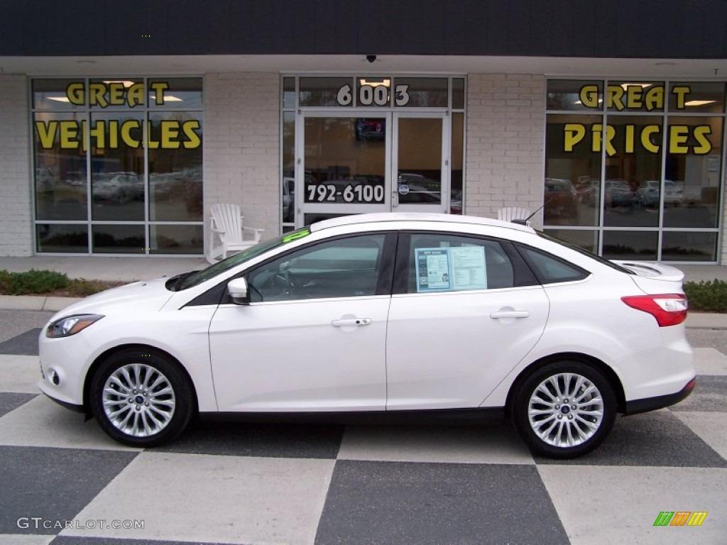 2012 Focus Titanium Sedan - White Platinum Tricoat Metallic / Charcoal Black photo #1