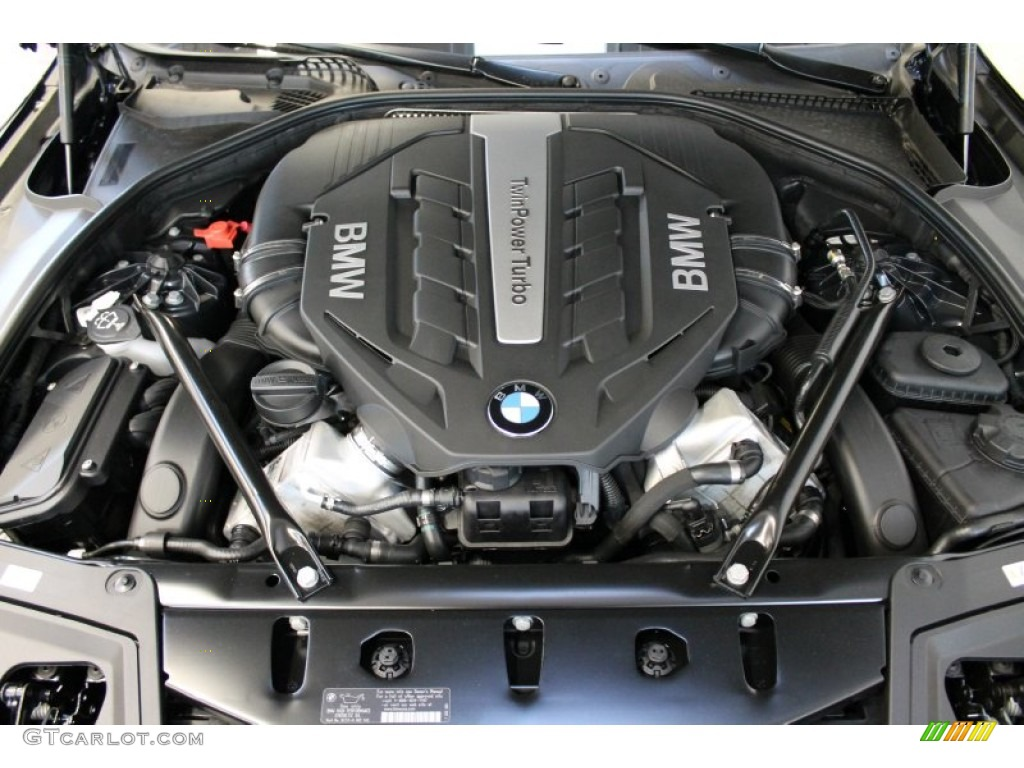 2013 Bmw 5 Series 550i Xdrive Sedan 4 4 Liter Di Twinpower Turbocharged Dohc 32 Valve Vvt V8