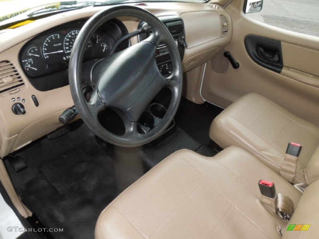 Medium Prairie Tan Interior 2000 Ford Ranger XL Regular Cab 4x4 Photo  #75718401