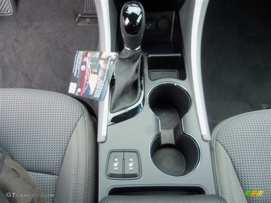 2013 Hyundai Sonata SE Transmission Photos