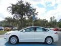 2013 Oxford White Ford Fusion Hybrid SE  photo #2