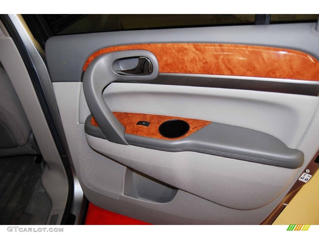 2008 Buick Enclave CX Door Panel Photos