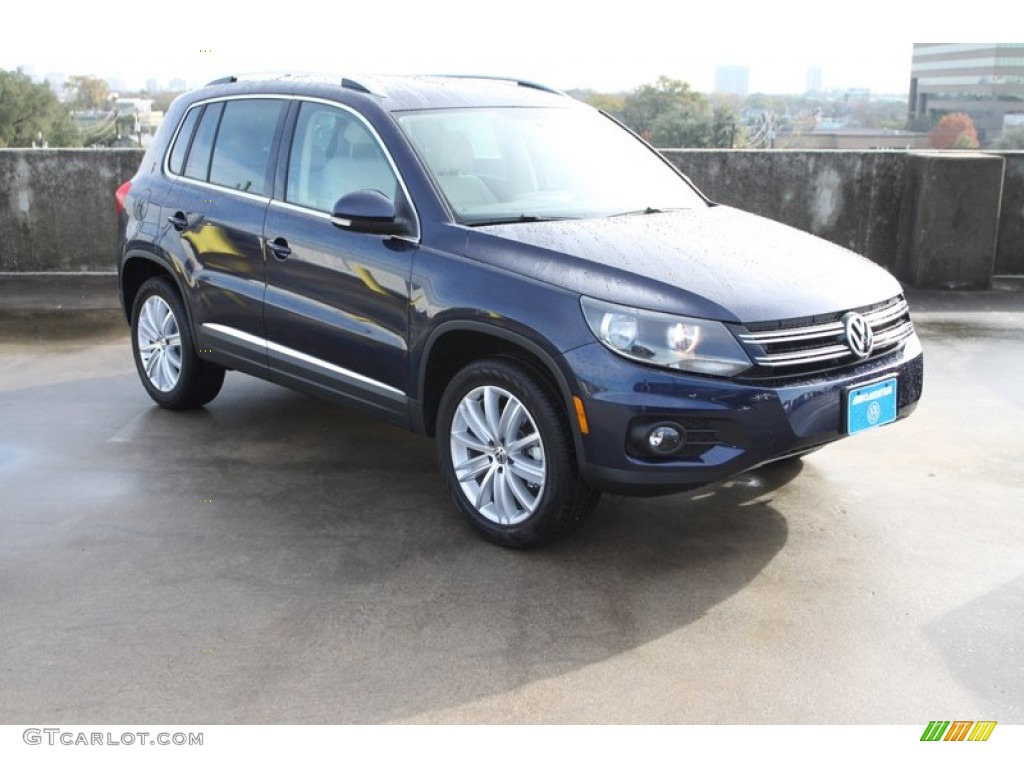 2013 night blue metallic volkswagen tiguan se 75881169. Black Bedroom Furniture Sets. Home Design Ideas