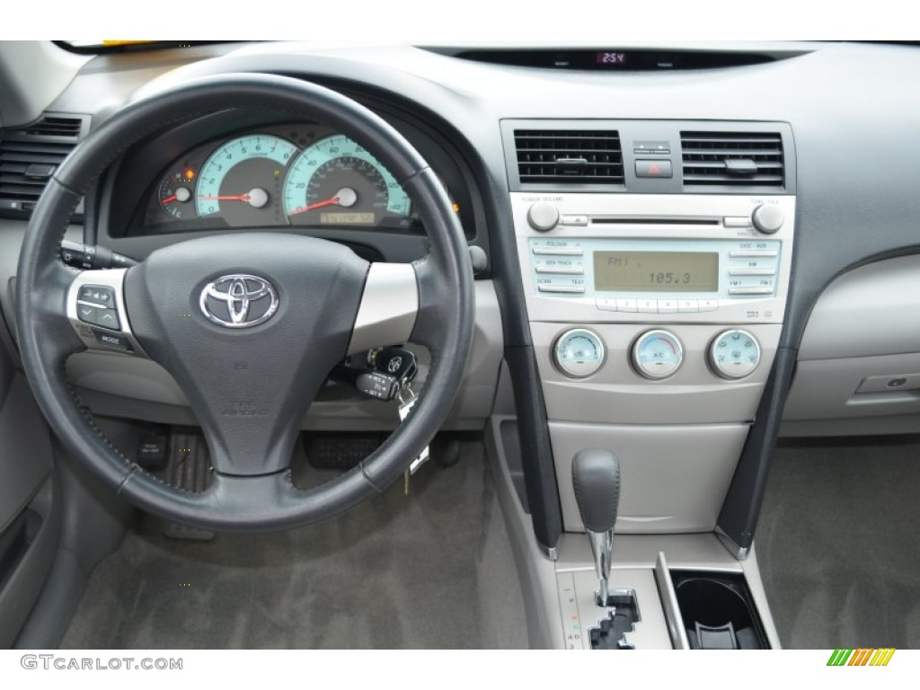 2009 toyota camry se dashboard photos. Black Bedroom Furniture Sets. Home Design Ideas